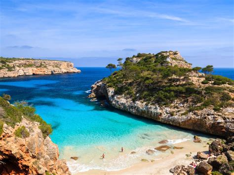 4 Bedrooms For Rent properties for sale in mallorca lucas fox