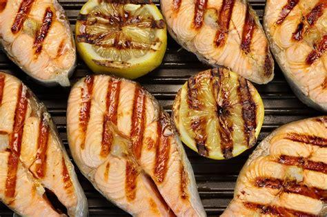 come cucinare i filetti di salmone filetto di salmone alla piastra ricetta