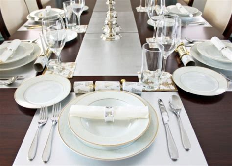 how to set a dinner table easy 3 points to remember while setting perfect dinner