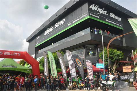 Kawasaki Shop motomalaya bikes gallery sdn bhd alor setar melancarkan