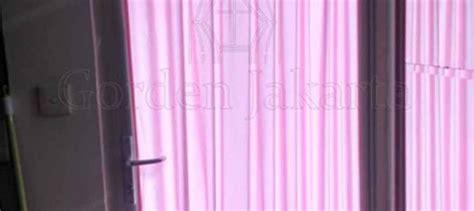 Gorden Warna Pink gorden kupu kupu warna pink untuk pintu kecil di tanjung duren gorden jakarta