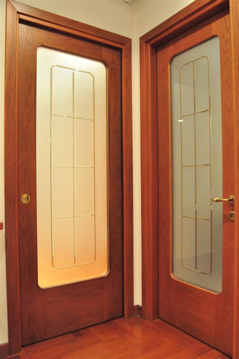 porte interne con vetro decorato porte interne roncoroni legno