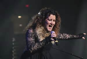 plumb singer plumb explains why she harshly judged christian