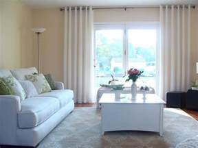 livingroom windows 20 different living room window treatments