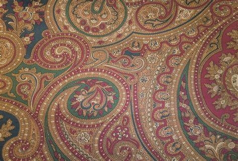 ralph lauren wallpaper ralph paisley lc house master bedroom ralph bathroom and wallpapers