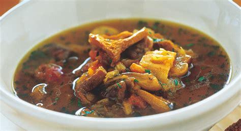 cucina macedone ricette zuppa di legumi cereali diversi verdure ortaggi