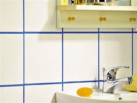 fugare le piastrelle stuccare piastrelle bagno interesting per rimuovere il