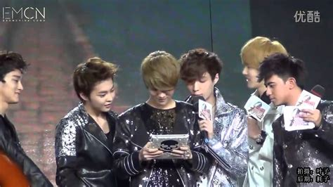 exo run this 120805 exo m xiuchenlu playing temple run cut youtube