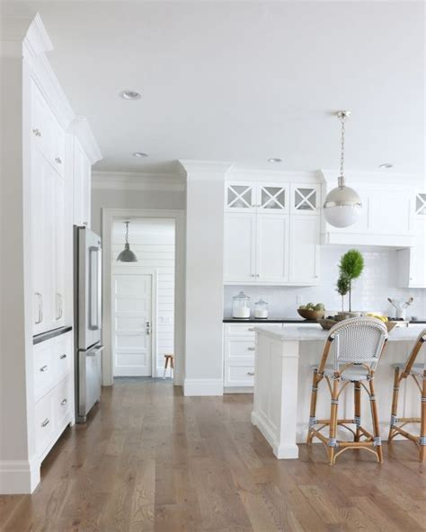 white walls white trim trend alert paint your walls and trim white or