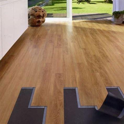 pavimento in pvc prezzi offerta pavimento in pvc pavimenti a prezzi scontati