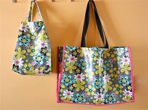 pattern for oilcloth tote bag zaaberry oilcloth tote and lunch bag set