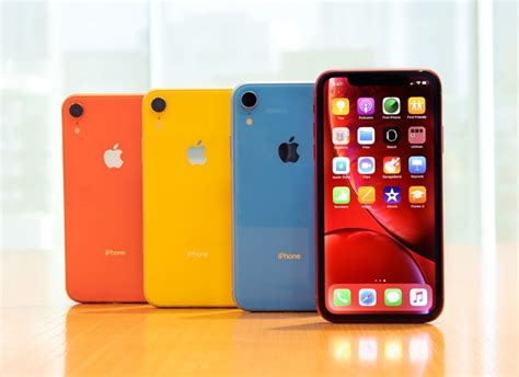 apple iphone xr now available from 163 19 99 a month in the uk geeky gadgets