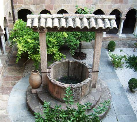 fuentes patio interior fotos gratis francia patio interior jard 237 n bien