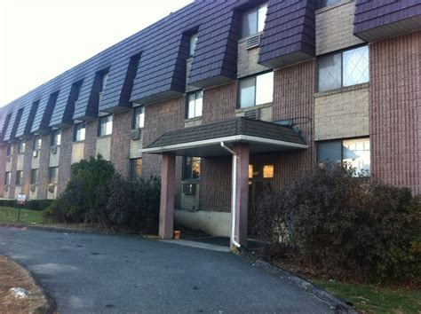 1 bedroom apartments in waterbury ct cheshire crossing apartments rentals waterbury ct