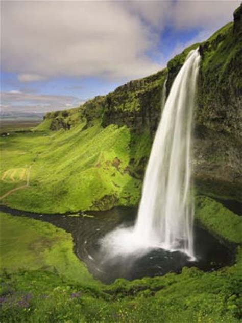 5 themes of geography iceland geography of iceland landforms glaciers world atlas