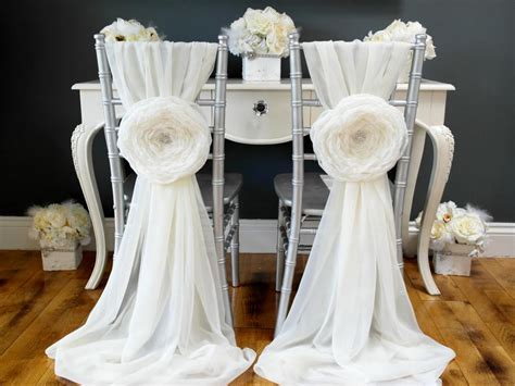16 Chair Back Decor Ideas for Your Wedding   DIY