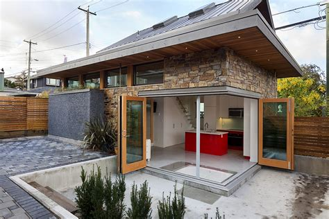 small energy efficient homes an energy efficient contemporary laneway house by lanefab