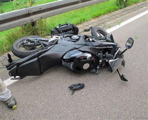 Motorradunfall Oberstaufen by Aufruf An Kfz Werkst 228 Tten Nach Schwerem Motorradunfall