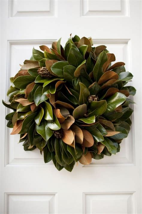 decorating with magnolia leaves southern style holidays 30 beautiful magnolia decorations