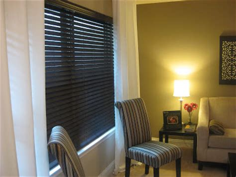 paint faux wood blinds frugal home ideas spray painting blinds
