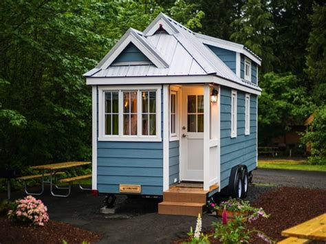 tiny house real estate petite retreats coming to lake george cground places