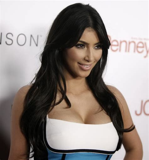 biography kim kardashian kim kardashian biography