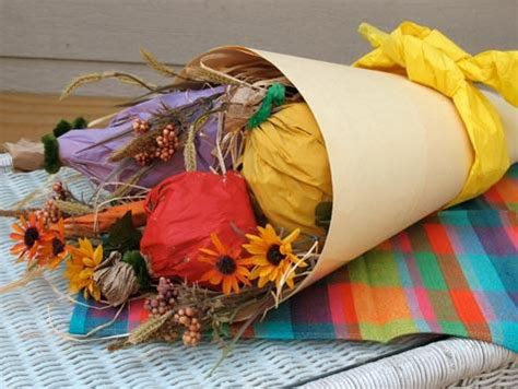 How To Make A Cornucopia Out Of Paper - thanksgiving craft ideas for