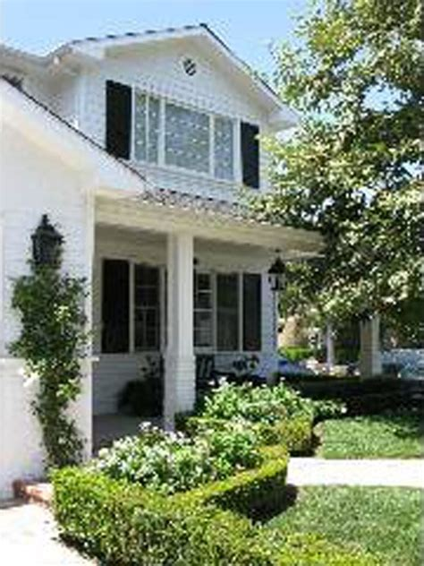 goldie hawn house oliver hudson s new house thanks to goldie hawn photo 1 tmz com