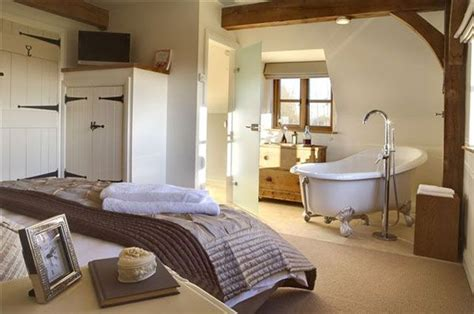 roll top bath in bedroom pin by farmhouse living on ideas for my dream home pinterest