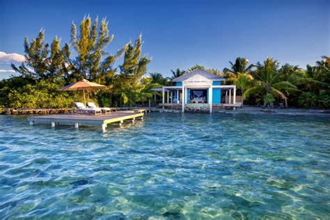 belize overwater bungalow file cayo espanto island resort in belize jpg