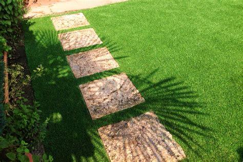 giardini senza erba il giardino con erba sintetica la soluzione migliore