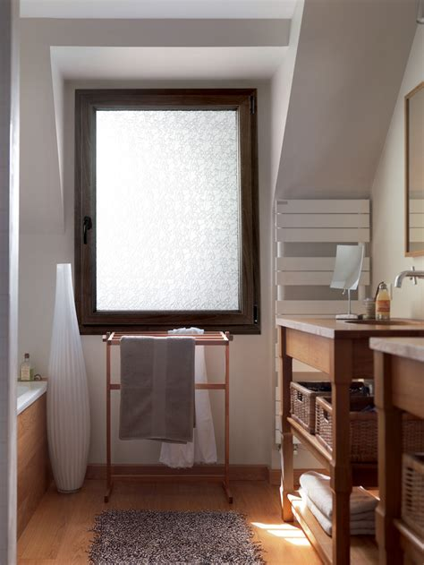 fenetre salle de bain opaque 1830 r 233 alisation fen 234 tre opaque en pvc couleur bois pour salle
