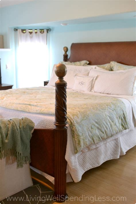 how to clean the bedroom clean bedroom living well spending less 174