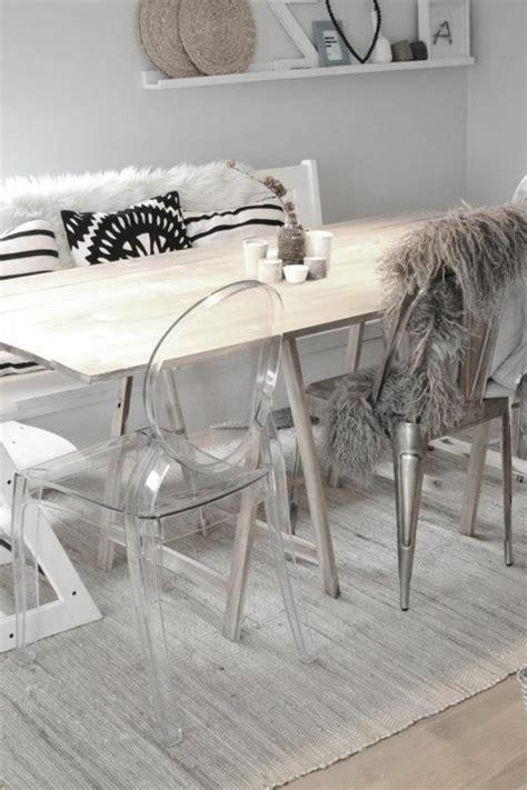 chaises plexiglass pourquoi choisir la chaise design transparente