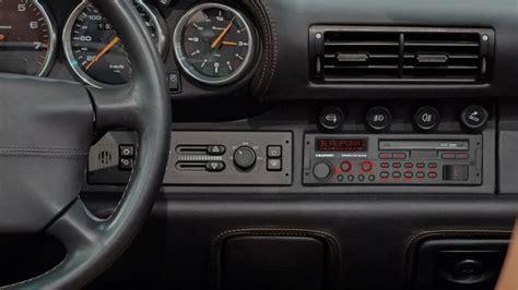 blaupunkt brings  classic  car radio car head