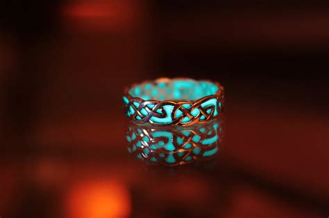 Wedding Rings That Glow by Celtic Knots Sterling Silver Ring Glow In The