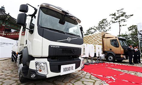 who makes volvo trucks volvo trucks makes premier for fl medium duty lineups