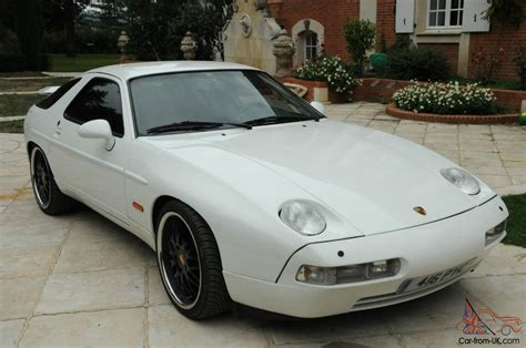 porsche 928 white porsche 928 s4 lhd white automatic sunroof very rare