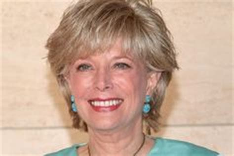 is leslie stahl s hair a wig women news anchors reporters on pinterest diane sawyer