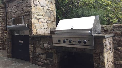 image gallery stone bbq country cottage stone bbq pizza oven pillar