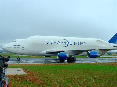 boeing 747 interno file boeing 747 lfc grottaglie1 jpg