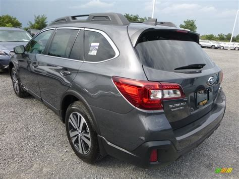 2018 subaru outback 2 5i limited 2018 magnetite gray metallic subaru outback 2 5i limited