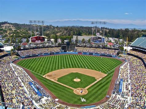 2015 mlb ballpark experience rankings stadium journey a day at dodger stadium the crosstown rivalry experience