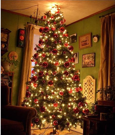 christmas tree living room 24 beautiful christmas tree pictures creative