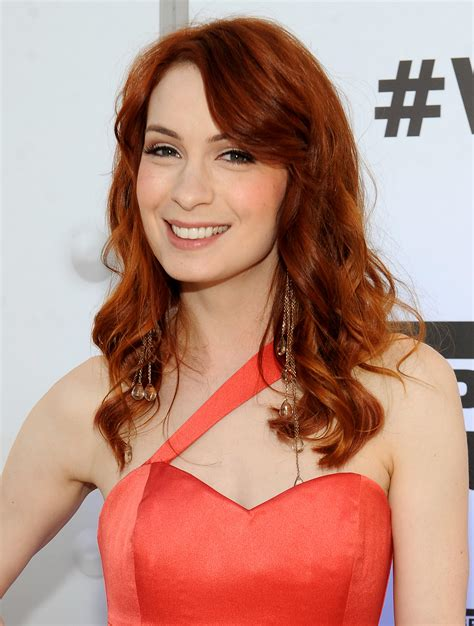 what is felicia day s hair color felicia day