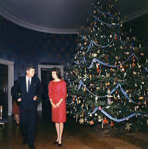 jackie kennedy white house the kennedy family at christmas