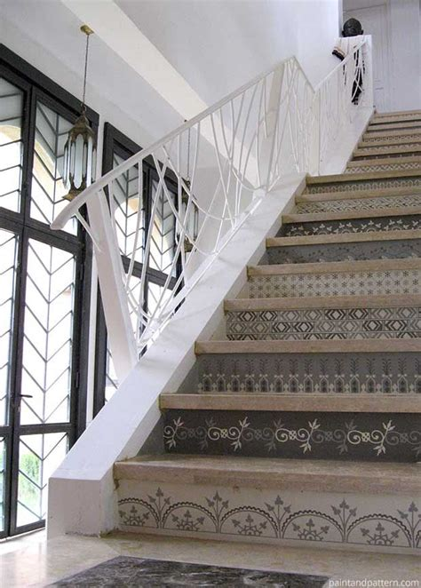 Best 25  Stenciled stairs ideas on Pinterest   Painted