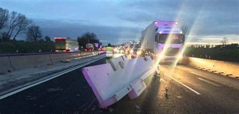 M6 Sheds by Lorry Sheds Load On M6 Causing Traffic Delays