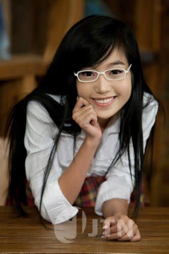 film thailand yang hot inilah gadis gadis cantik yang jadi primadona di negara