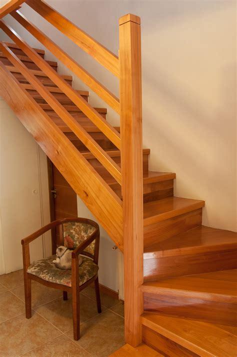 barandillas de madera para escaleras escaleras l 171 escaleras de madera barandas y pasamanos